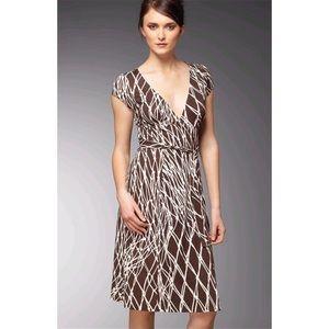 Diane Von Furstenberg Dresses - Diane Von Furstenberg Kye Silk Wrap Dress